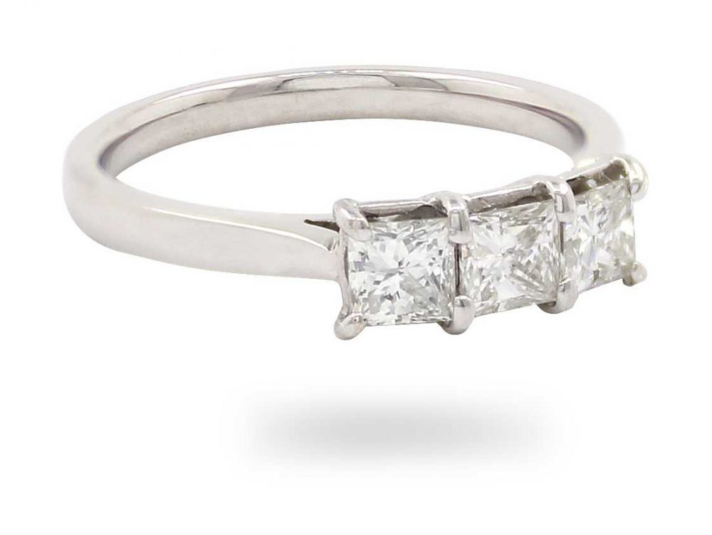 18k White Gold 3 Stone Diamond Ring JM1372
