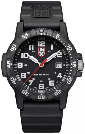 Luminox Mens Sea Turtle Giant 0320 Series Black White, PU Strap XS.0321.L