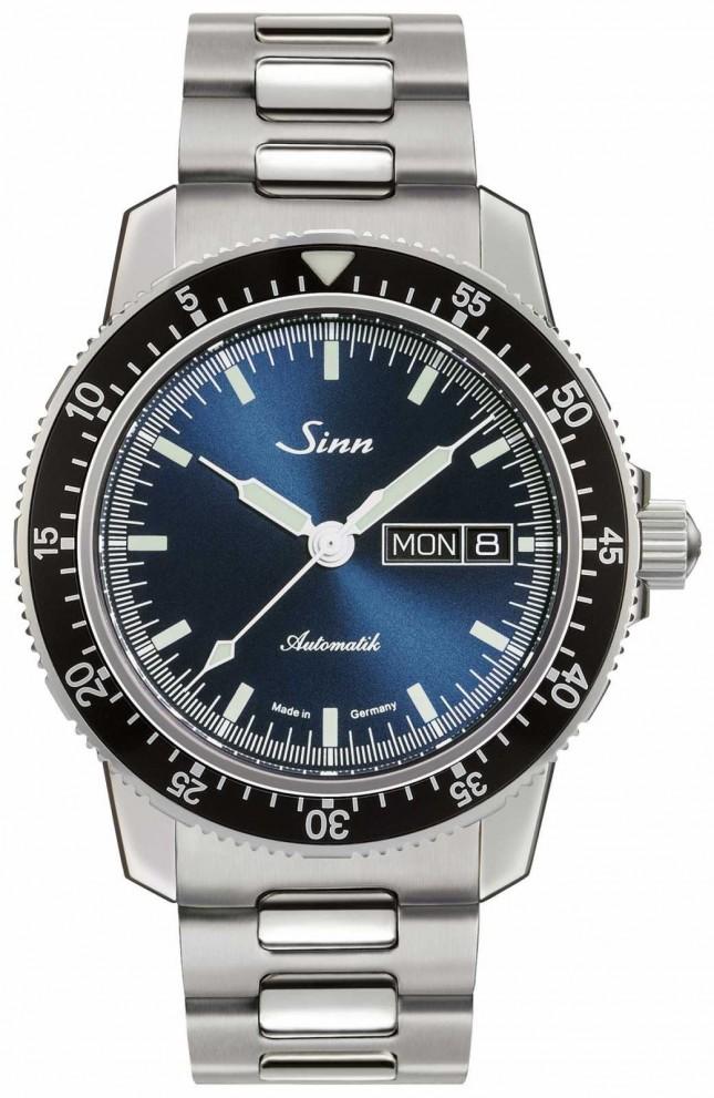Sinn 104 St Sa I B | Stainless Steel Bracelet | Blue Dial 104.013-BM1040104S