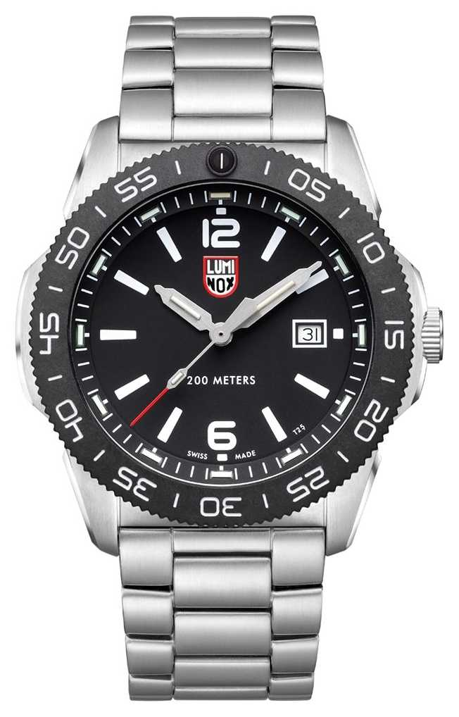 Luminox Men's Pacific Diver   Black Dial   Stainless Steel Bracelet XS.3122