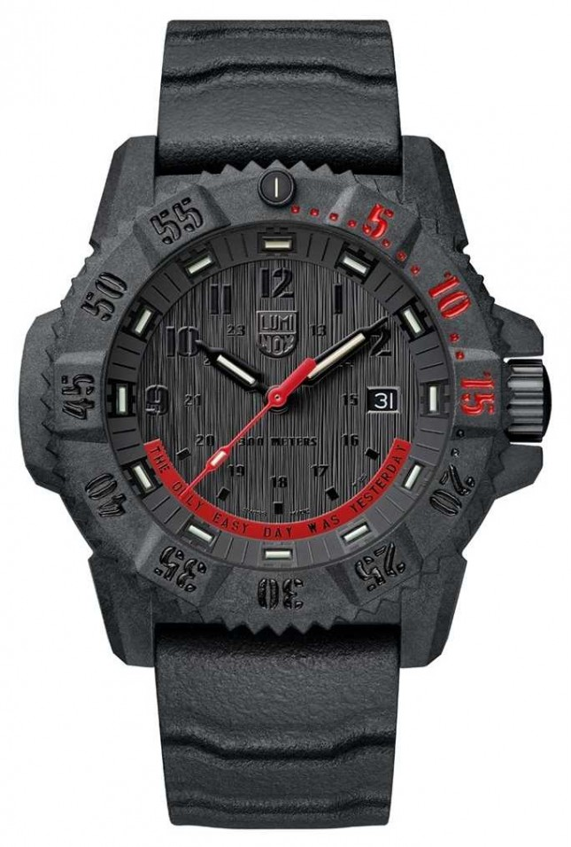 Luminox Master Carbon Seal 3800 Limited Edition Black & Red XS.3801.EY
