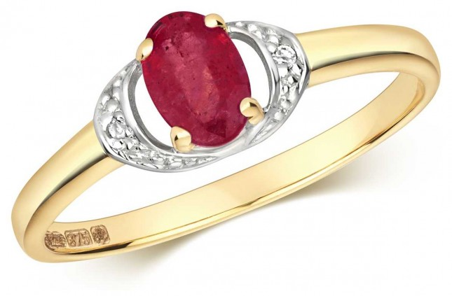 Treasure House 9ct Yellow Gold Ruby And Diamond Oval Ring RD479R