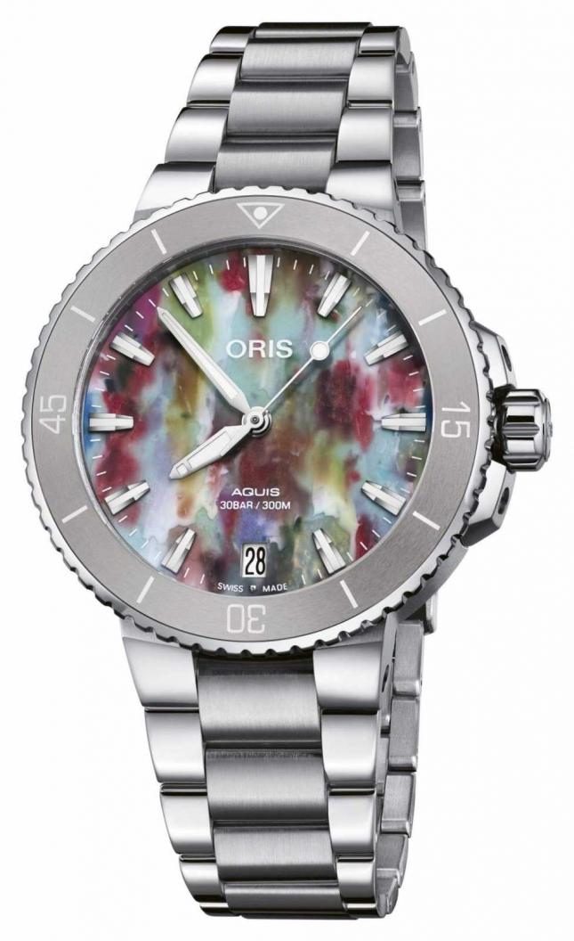 ORIS Aquis Date Upcycle 36.5 mm Watch 01 733 7770 4150-SET