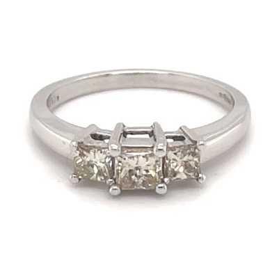18k White Gold 0.69ct Diamond Ring JM9189